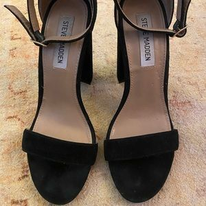 Steve Madden Shoes - ✨sale✨Steve Madden Suede Carrson Heels